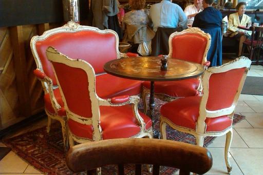 IMAG0341 (café du palais)