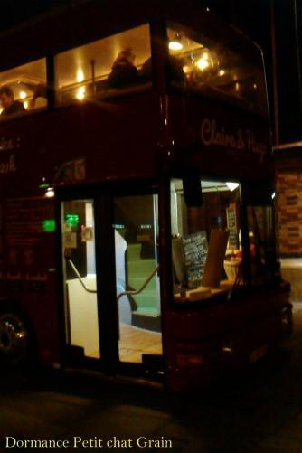 L'entrée du fameux bus