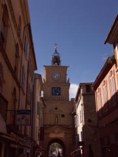 rue de l'horloge Salon de Provence