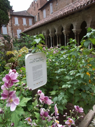 jardin du cloitre saint salvy